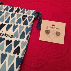 BRAND NEW💖 Heart Mini Post Earrings